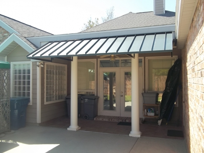 Image of: Simple Aluminum Porch Awnings