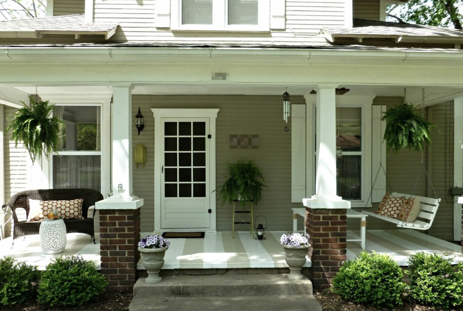 Simple Front Porch Hanging Light