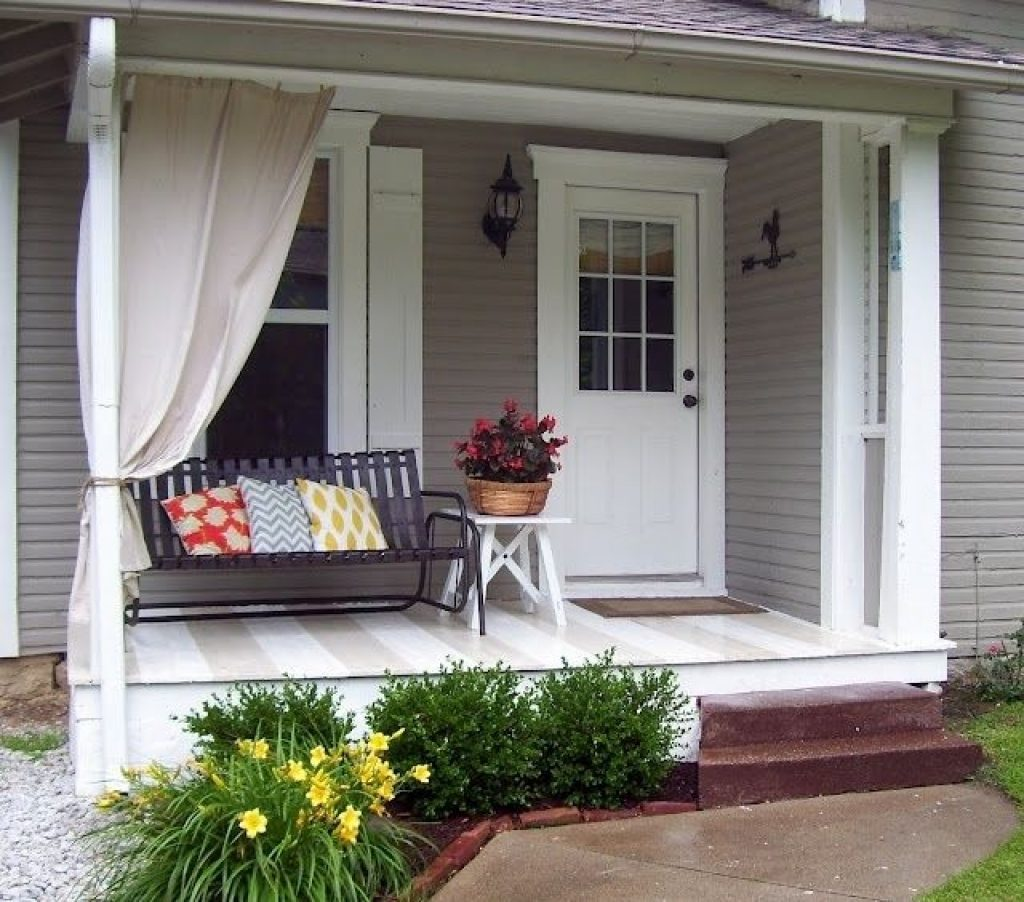 Image of: Small Back Porch Ideas