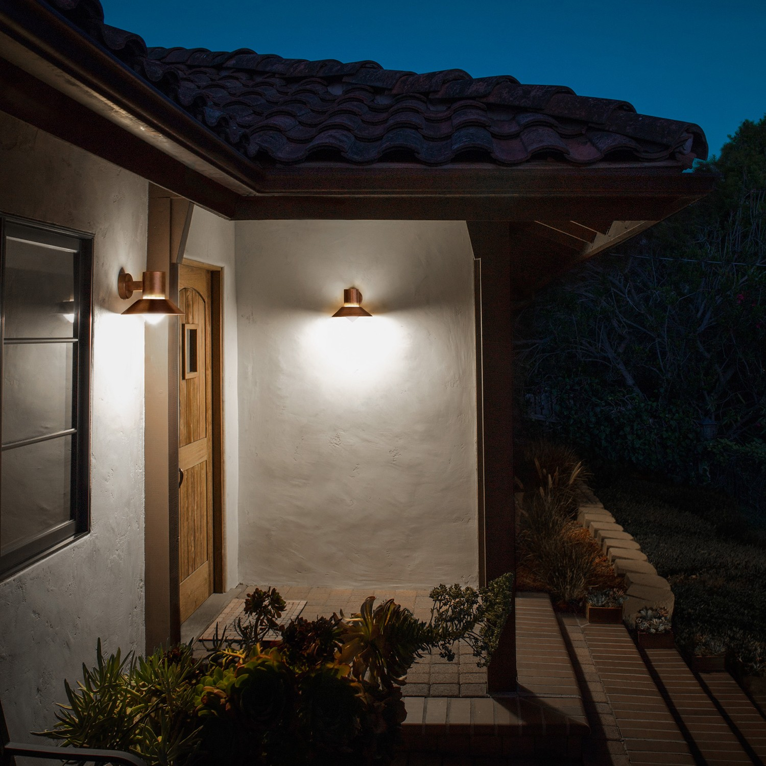Image of: Small Battery Operated Porch Lights