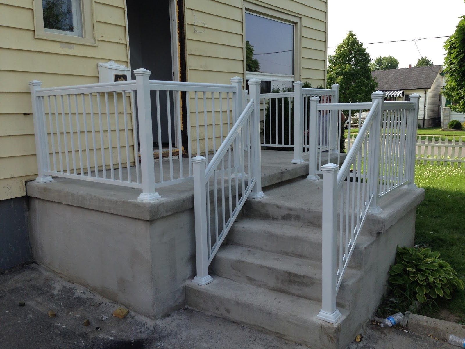 Image of: Small Front Porch Railings
