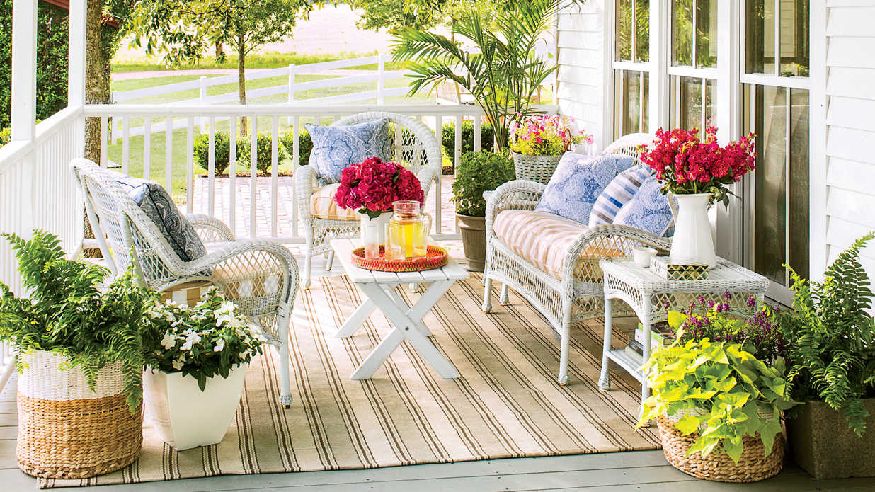 Image of: Stylish Front Porch Flowers