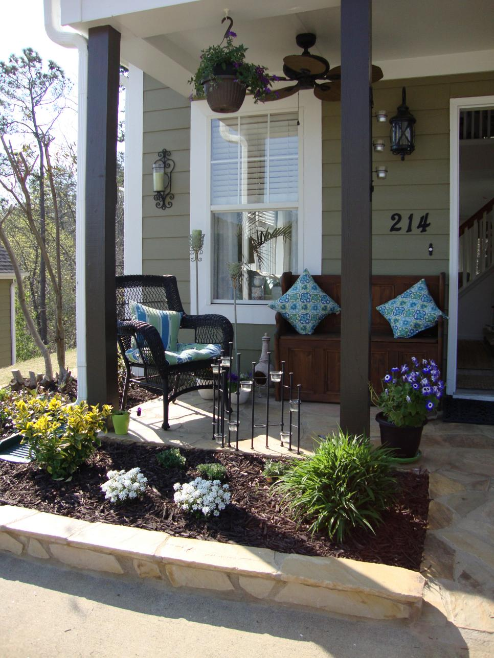 Image of: Summer Front Porch Furniture Ideas