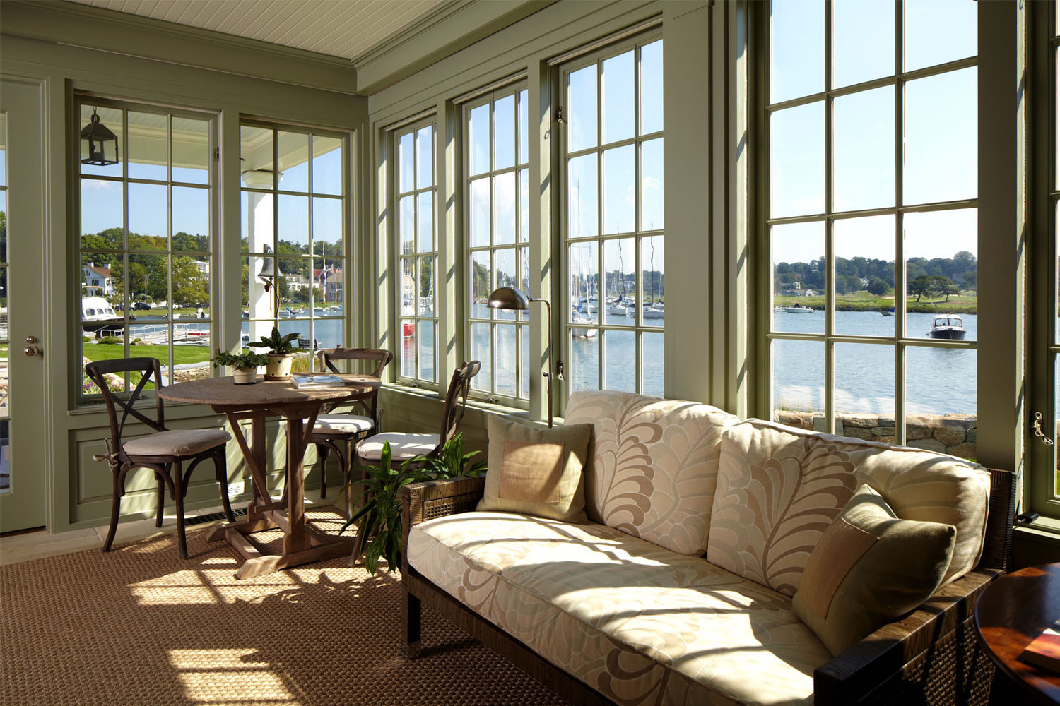 Image of: Sun Porch Windows Furniture