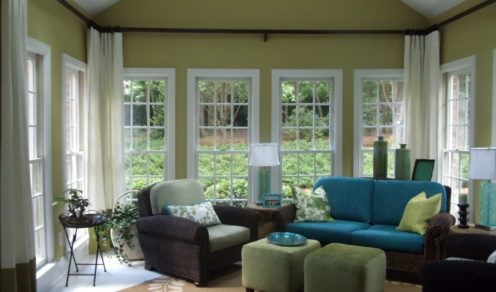 Image of: Sun Porch Windows Treatments