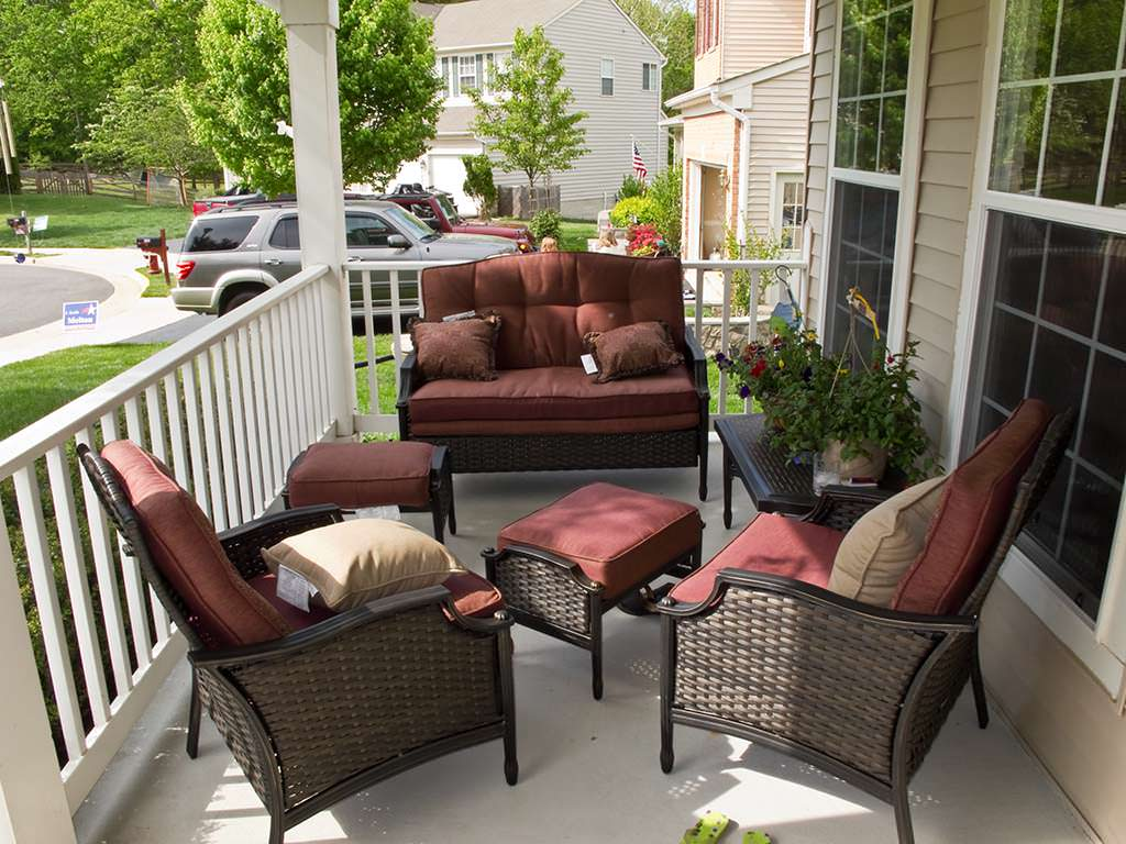 Image of: Top Front Porch Furniture Sets