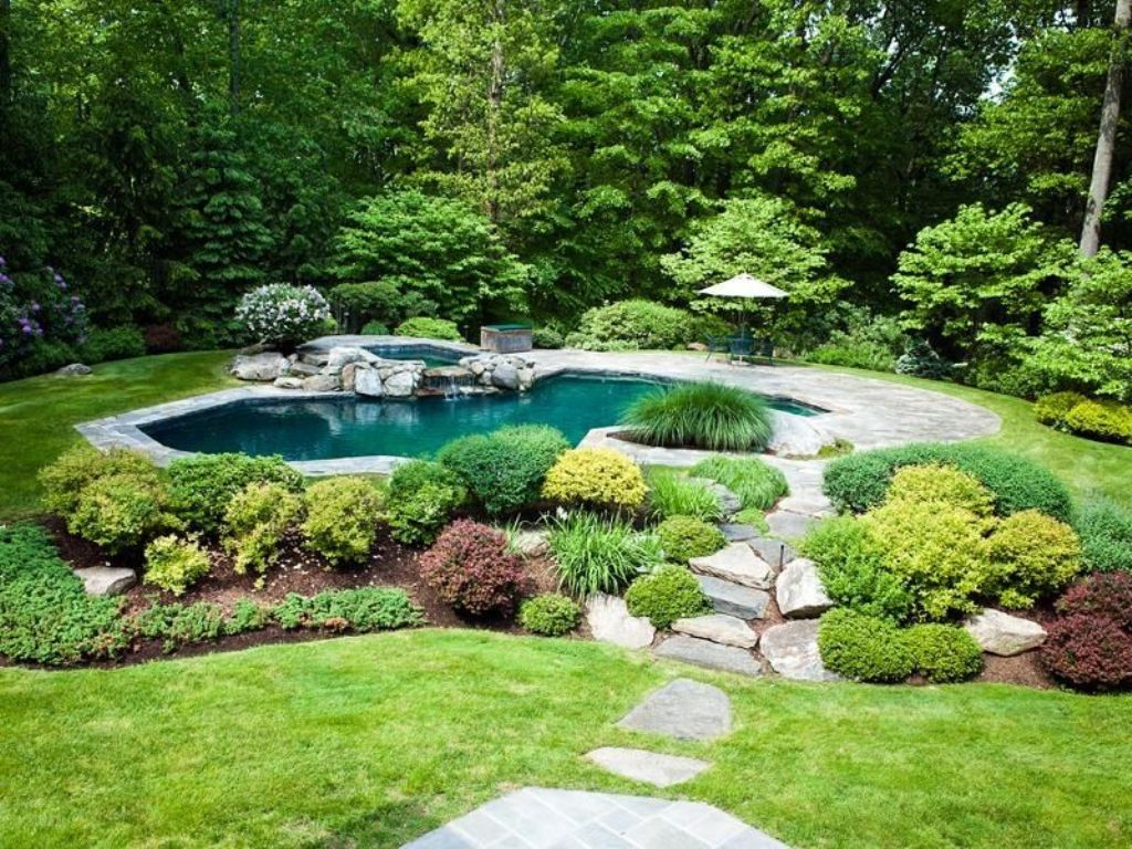 Image of: Top Landscaping Around Flagpole Pictures
