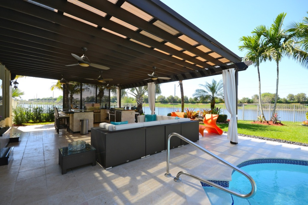 Image of: Top Outdoor Kitchen Ft Lauderdale