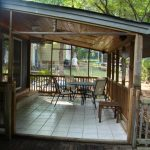 Vintage Covered Back Porch Ideas