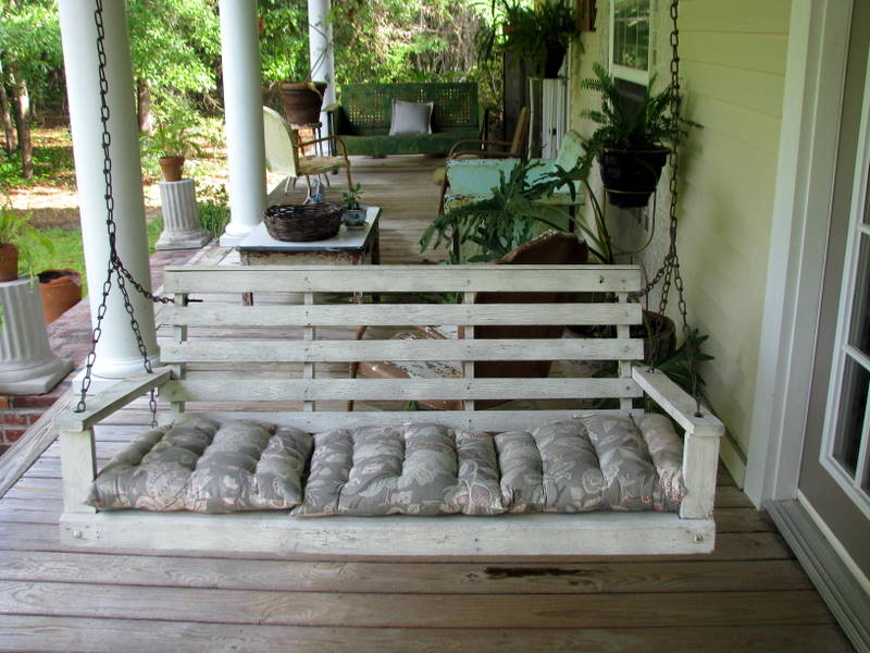 Image of: Vintage Front Porch Swings