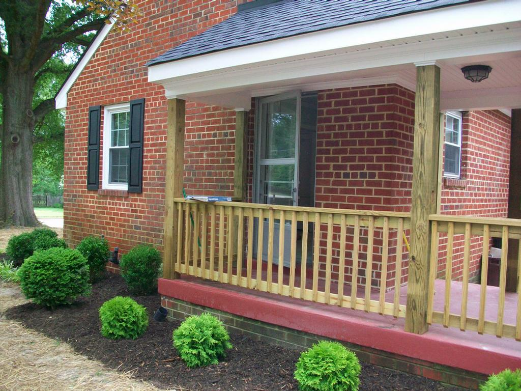Image of: Wood Front Porch Railings