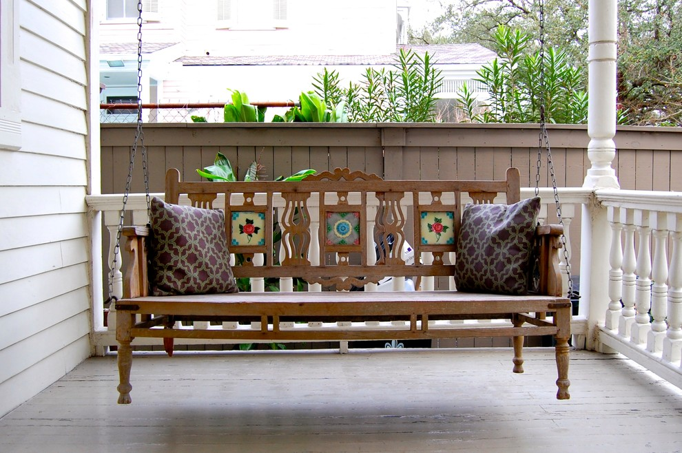 Image of: Wood Modern Porch Swing