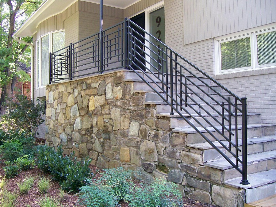 Image of: Wrounght Iron Front Porch Railing Kit