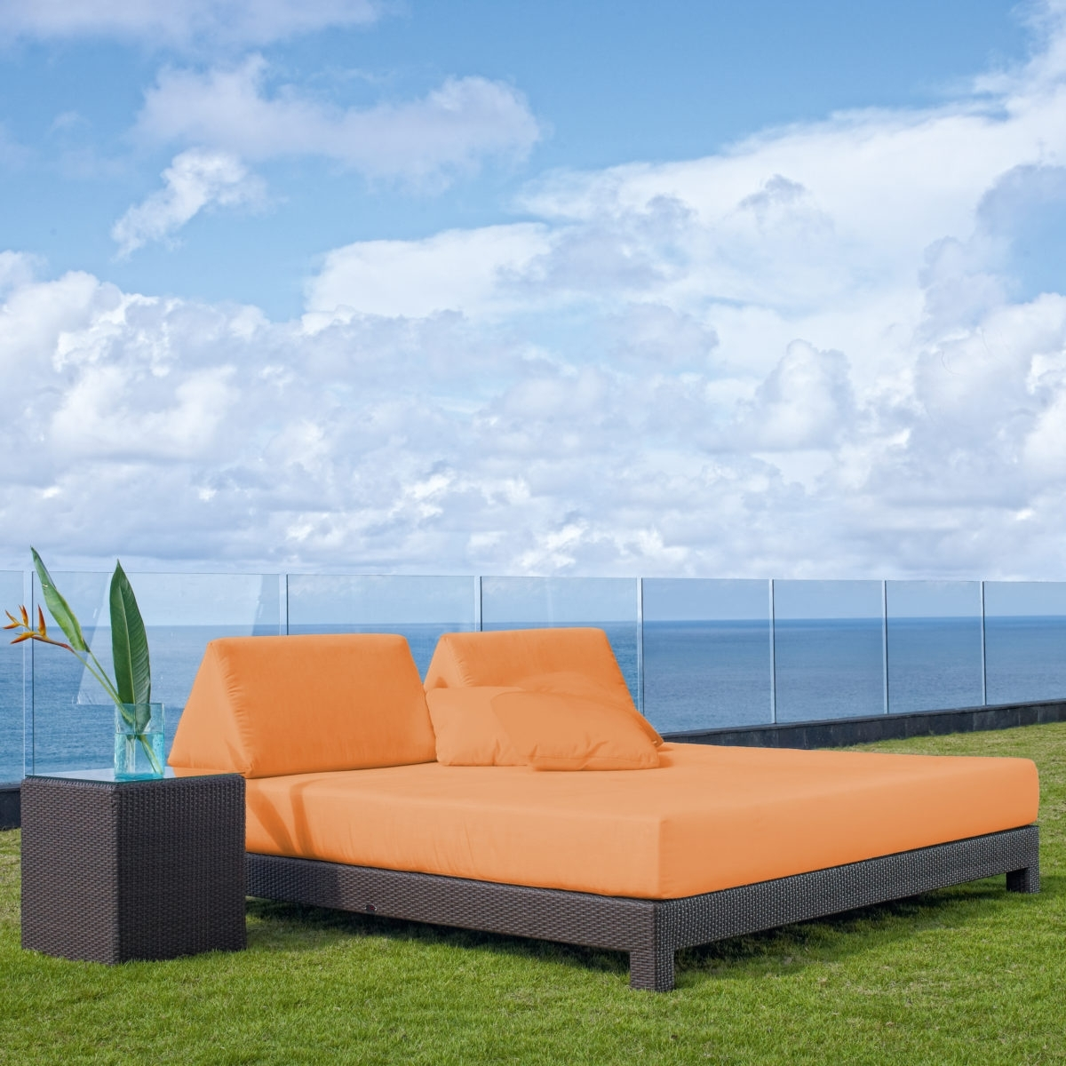 Image of: Daybed Couture Intended For Outdoor Hospitality Furniture