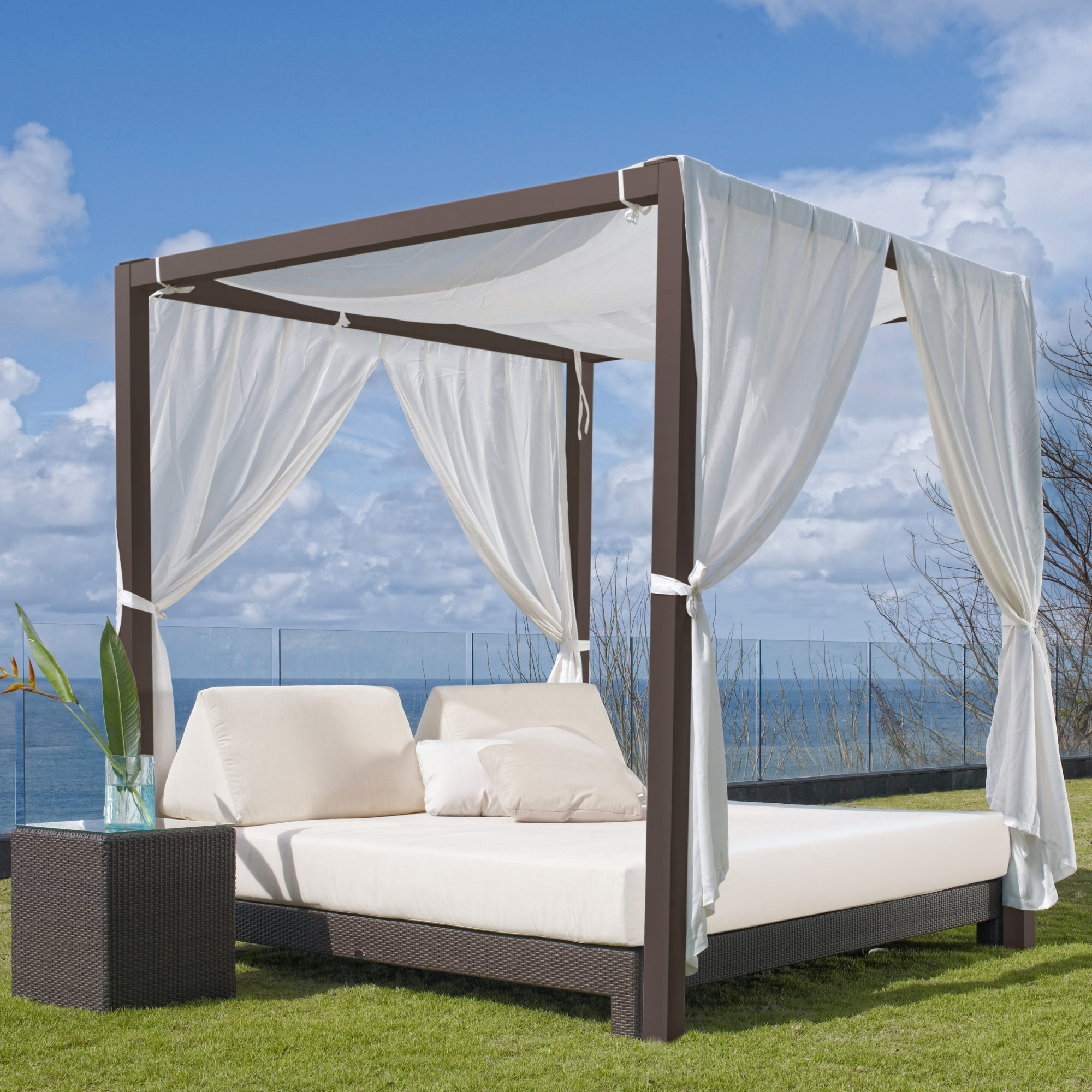 Image of: Anibal Outdoor Hospitality Furniture