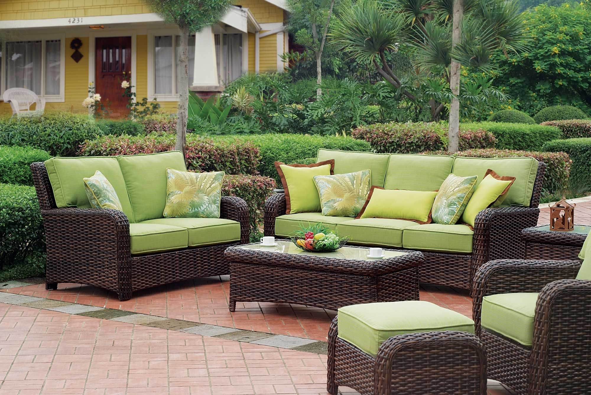 Image of: Cool Resin Wicker Patio Furniture For All Weather Hgnv In Outdoor Wicker Furniture Cushions Warmth Outdoor Wicker Furniture Cushions