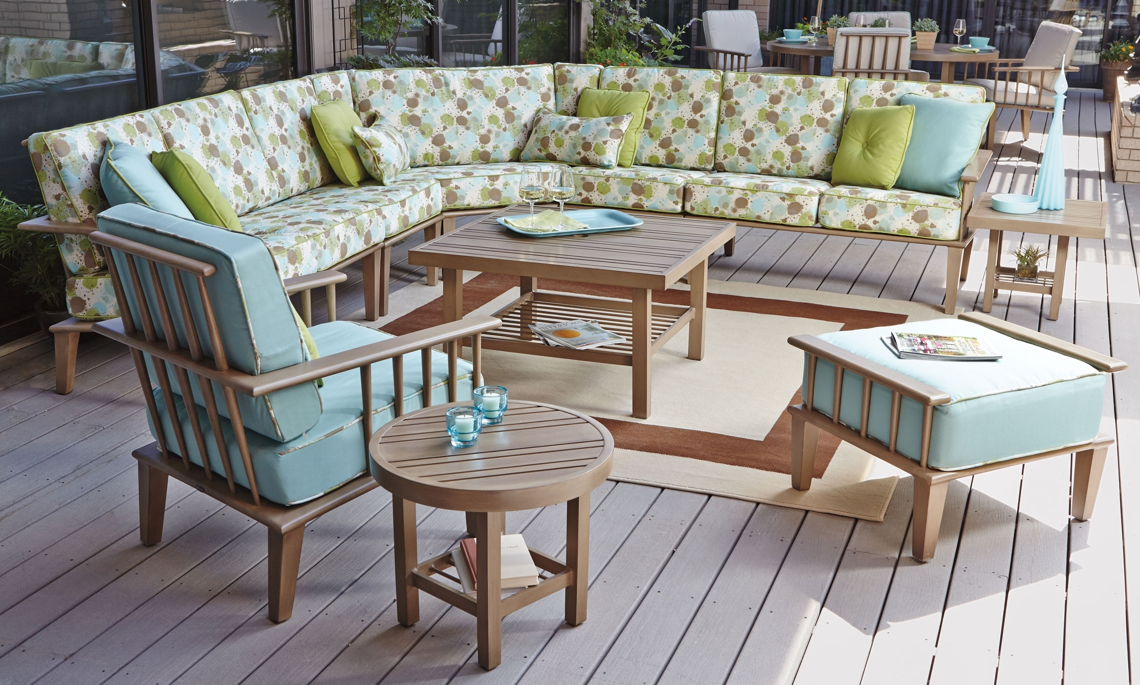 Image of: Home Style Lovely With Outdoor Hospitality Furniture
