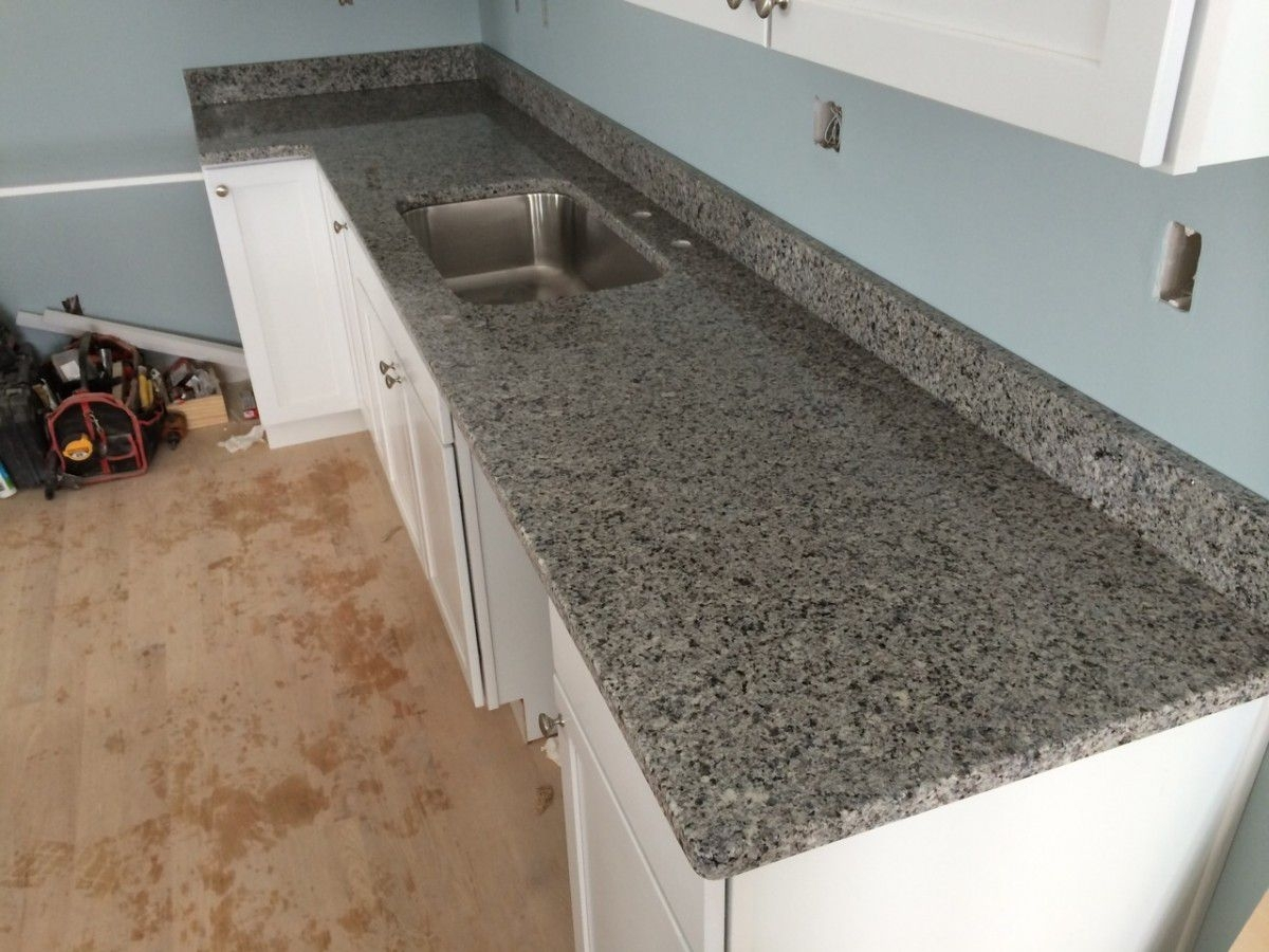 Image of: Granite Countertop How To Make Outdoor Kitchen Cabinets Range Within Outdoor Kitchen Granite Countertops Outdoor Kitchen Granite Countertops Design