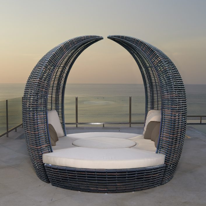 Halo Hospitality Commercial Daybed Outdoor Hospitality Furniture