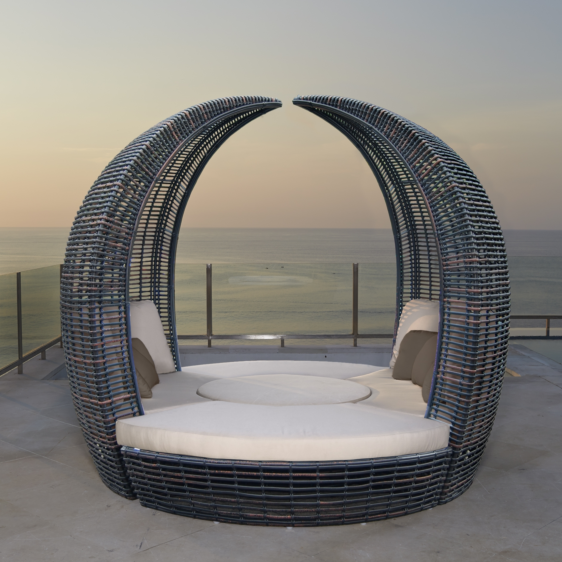 Image of: Halo Hospitality Commercial Daybed Outdoor Hospitality Furniture