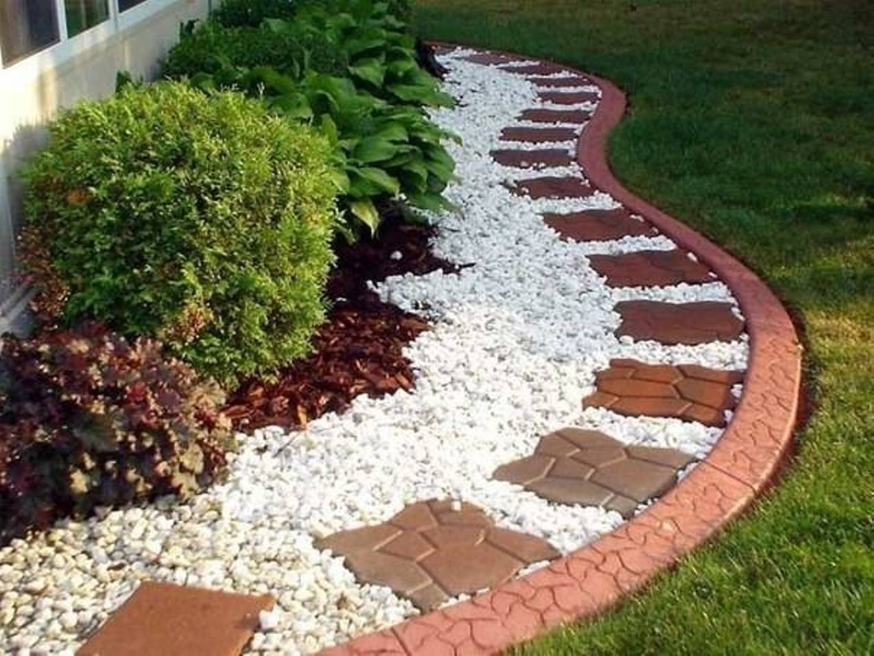 Image of: Landscape Brilliant Landscaping With Rocks In Classic Garden With White Stones Landscaping Beautiful White Stones Landscaping