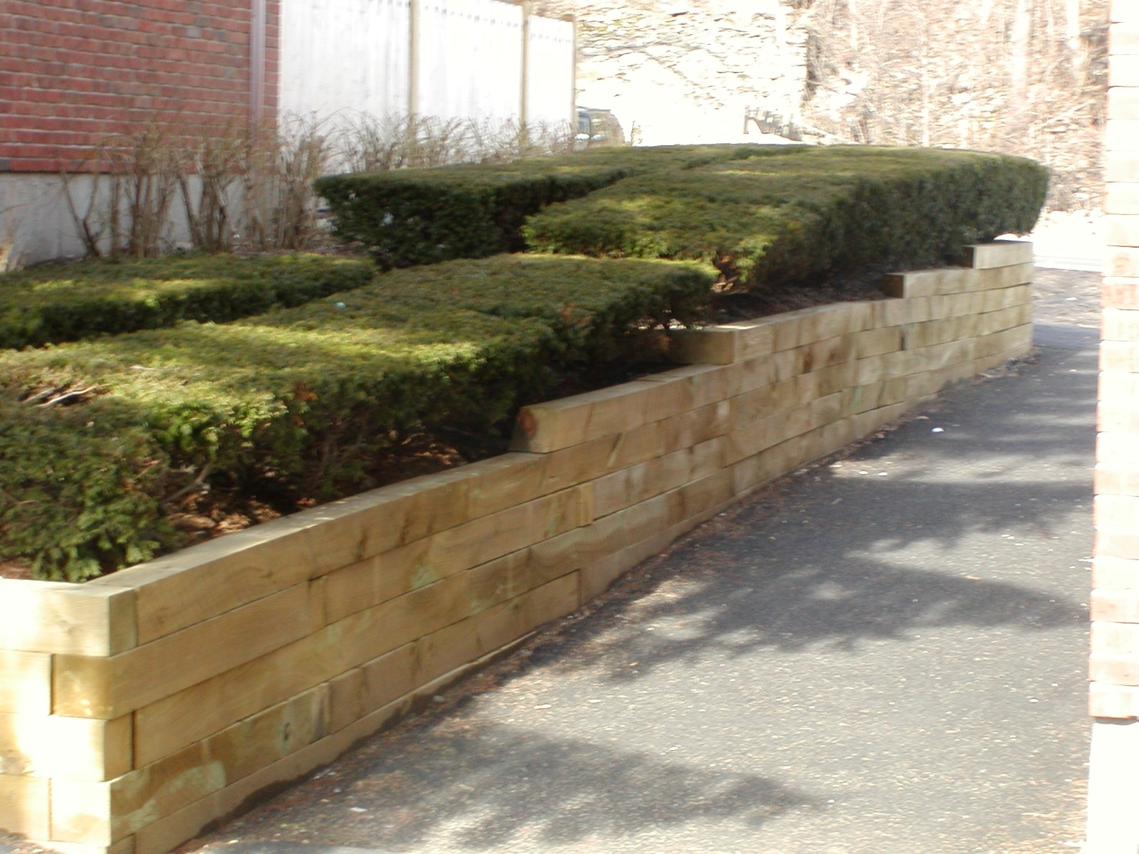 Image of: Landscape Timbers Retaining Wall Why Landscape Timbers Using With Landscape Timbers Retaining Wall Durable Landscape Timbers Retaining Wall For Great Decoration