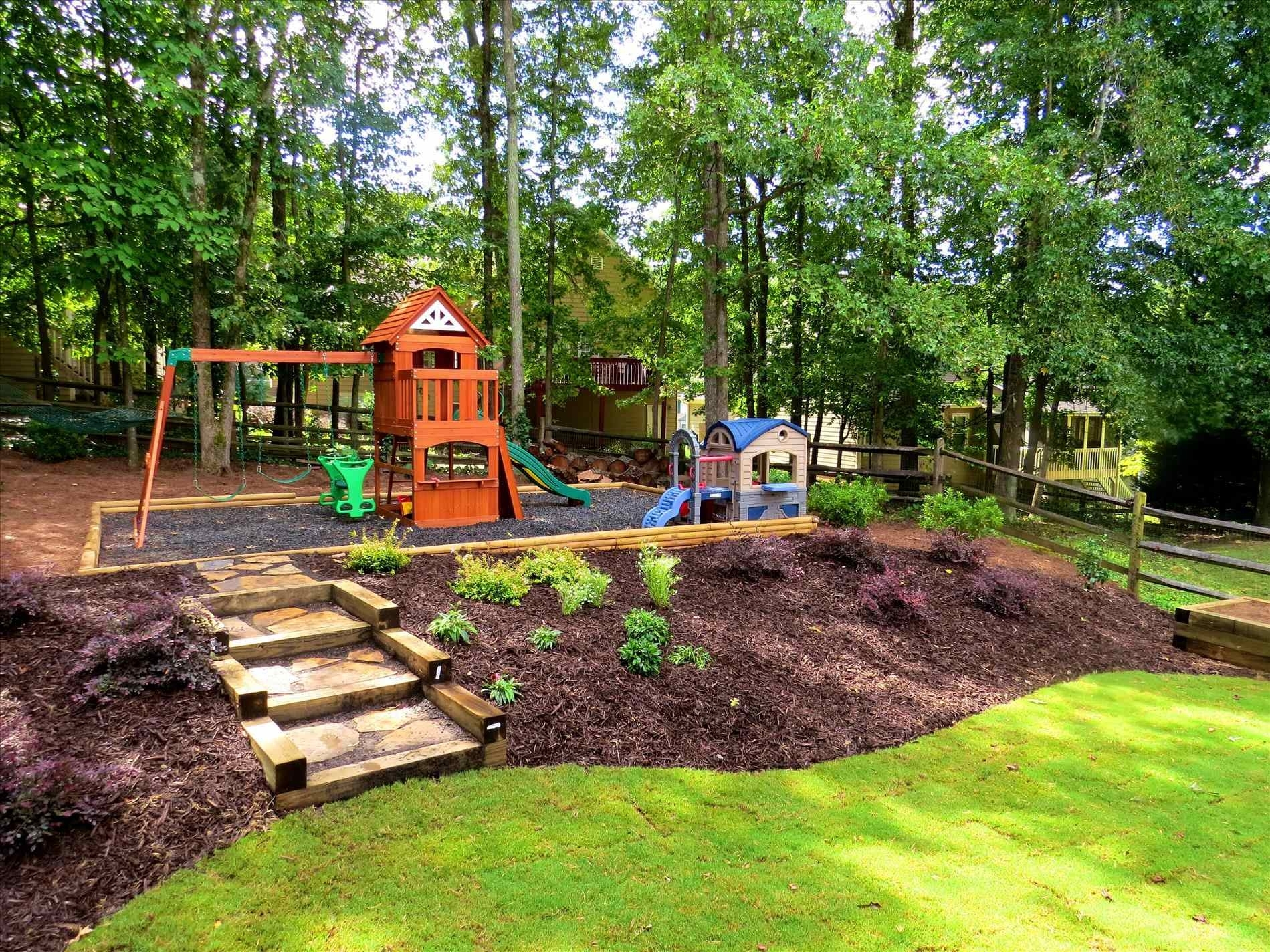 Image of: Landscaping Ideas Backyard With Hill Fleagorcom Throughout Landscaping Ideas For Hills Wonderful Landscaping Ideas For Hills
