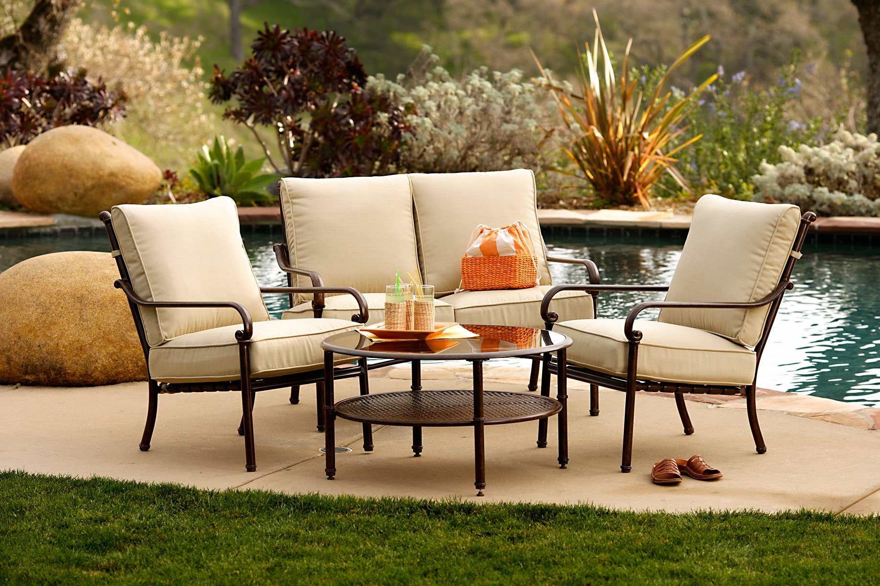 Image of: Furniture For Relax With Outdoor Hospitality Furniture
