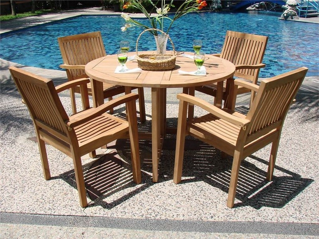 Image of: Modern Wood Garden Furniture With Round Table And Teak Chairs With Modern Teak Outdoor Furniture How To Care Modern Teak Outdoor Furniture