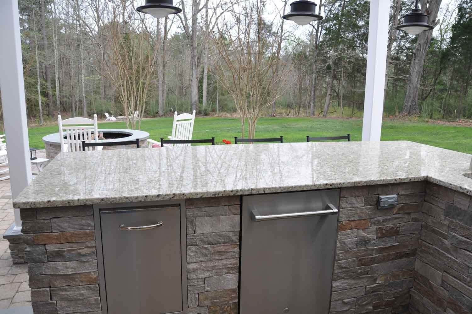 Image of: Outdoor Kitchen Countertops Picgit In Outdoor Kitchen Granite Countertops Outdoor Kitchen Granite Countertops Design