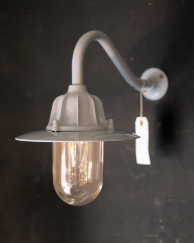 Image of: Outside Wall Lights Uk Neuro Tic Regarding Traditional Outdoor Wall Lights Traditional Outdoor Wall Lights