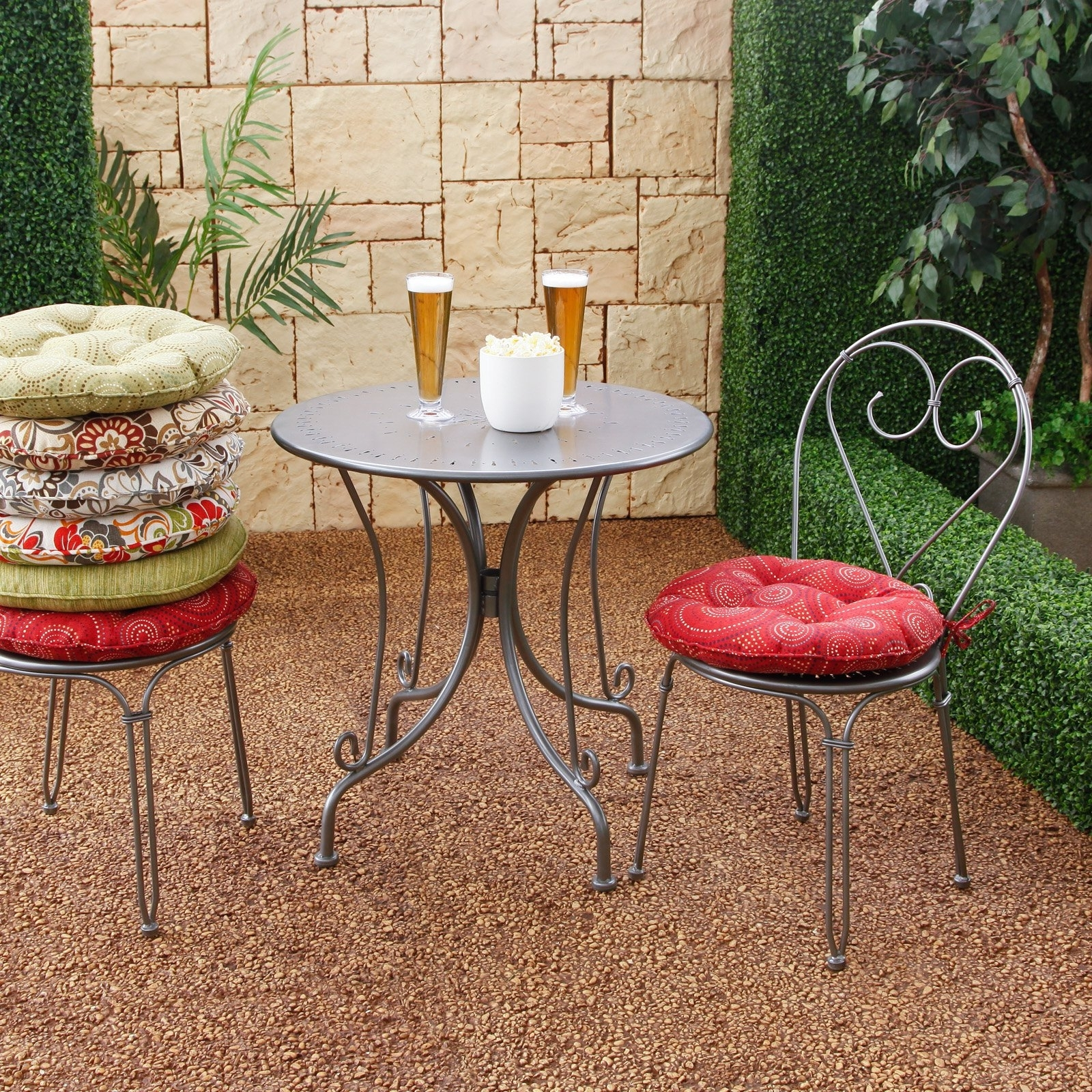 Image of: Round Patio Furniture Cushions Icamblog For Outdoor Round Bistro Cushions Outdoor Round Bistro Cushions
