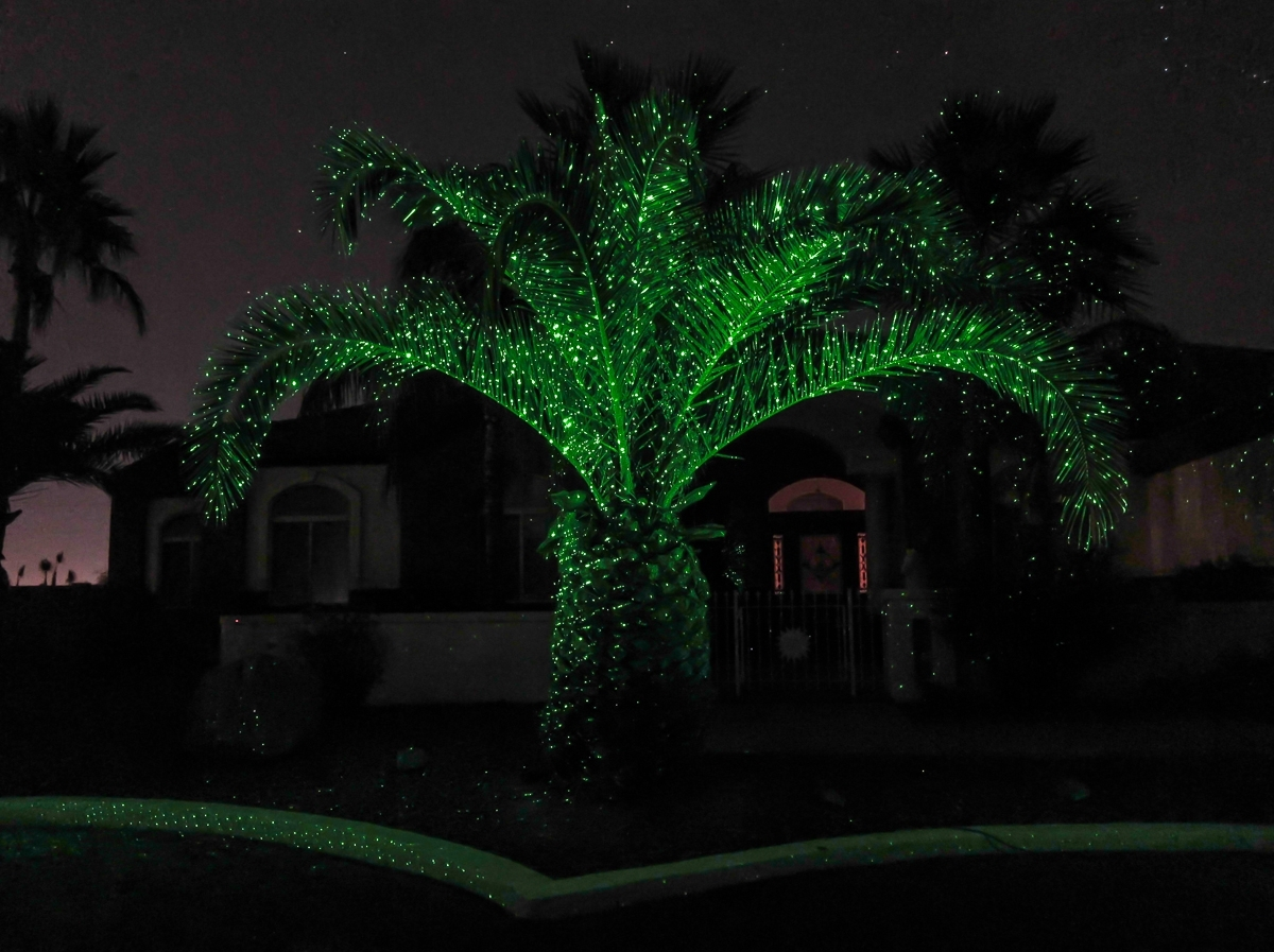 Image of: Sparkle Magic Lights Sparkle Magic Illuminator Green Laser Inside Landscape Laser Lights Landscape Laser Lights Ideas