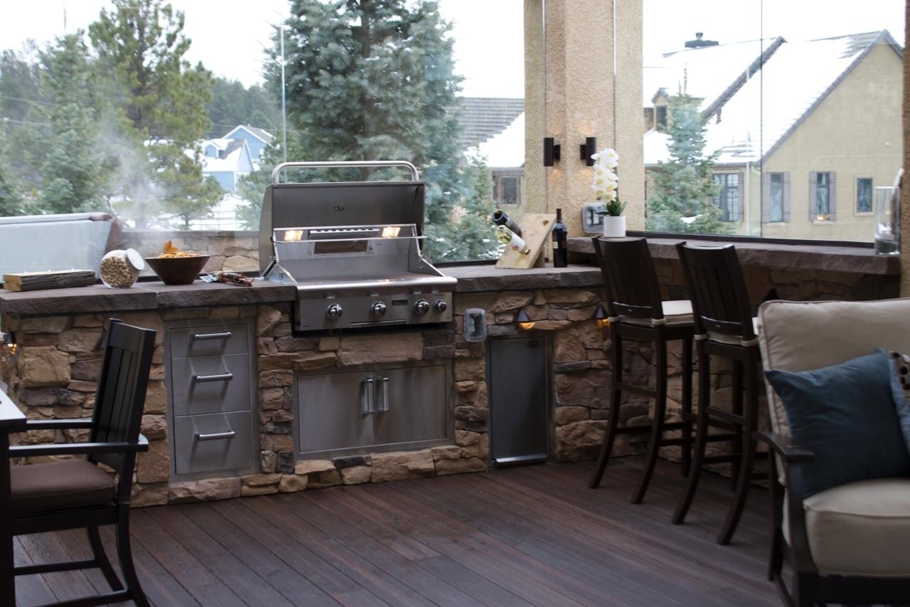 Image of: Tips For An Outdoor Kitchen Diy Intended For Outdoor Deck Kitchens Outdoor Deck Kitchens Perfect For All Family