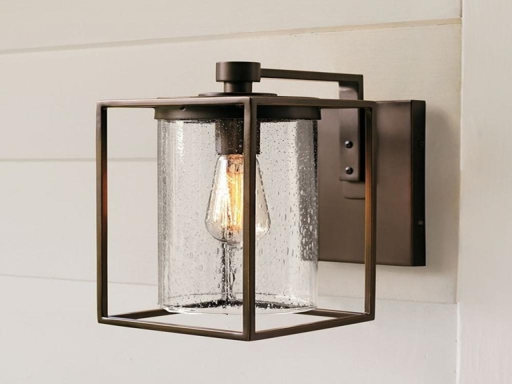 Image of: Traditional Black Outdoor Wall Light Traditional Outdoor Wall Inside Traditional Outdoor Wall Lights Traditional Outdoor Wall Lights