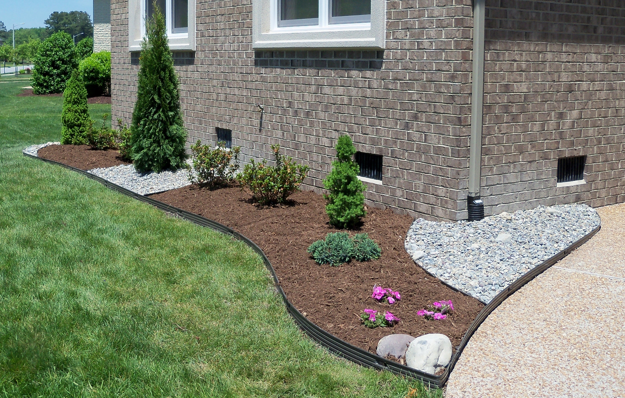 Image of: Virginia Beach Mulches And Gravel Inside Gravel Landscaping Ideas Gravel Landscaping Ideas Fresh
