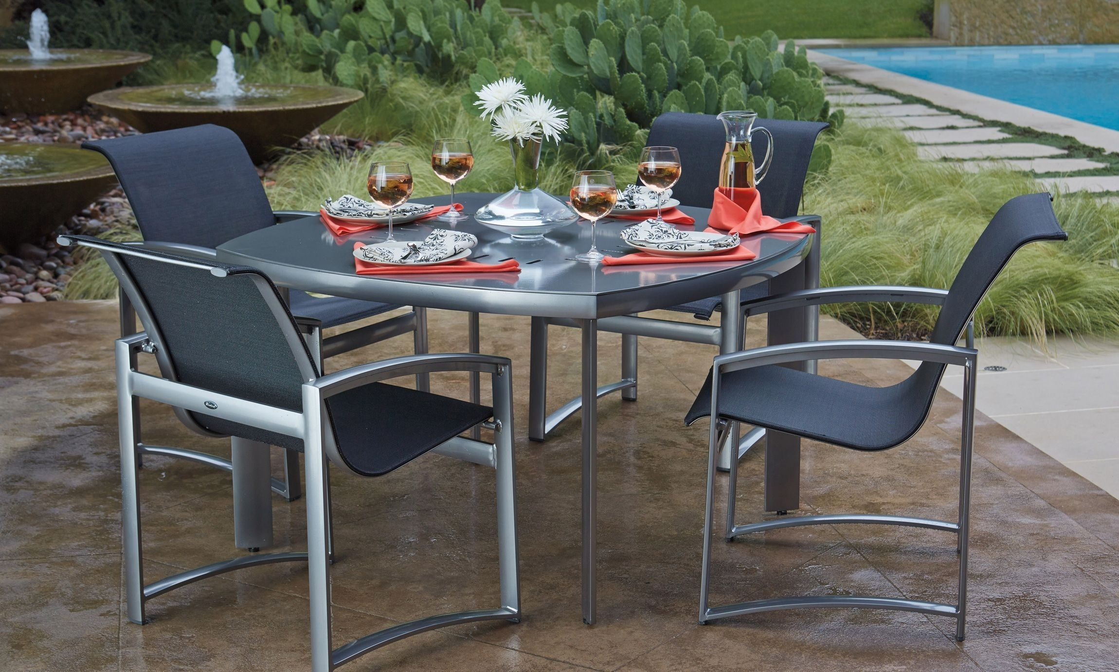 Image of: Woodard Outdoor Hospitality Furniture