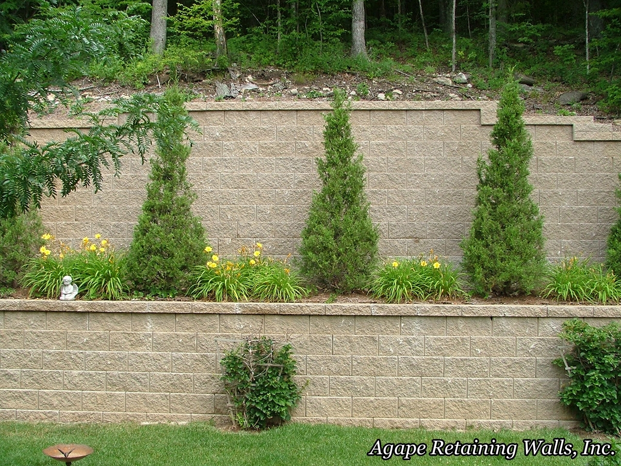 Image of: Agape Retaining Walls Inc Terrace Photo Album 2 With Regard To Retaining Wall Landscaping Ideas For Retaining Wall Landscaping