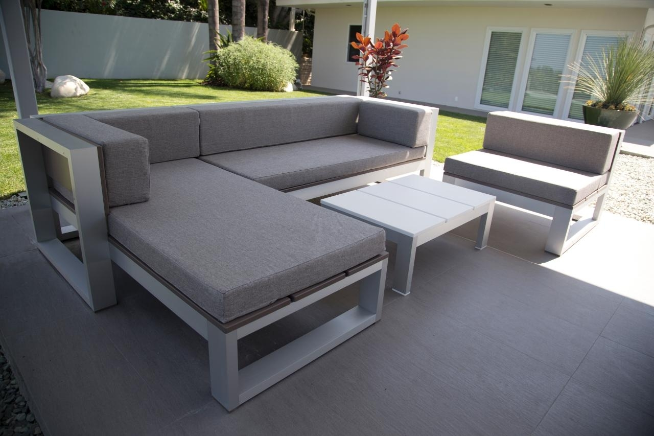 Image of: Amazing Diy Modern Outdoor Furniture 45 On With Diy Modern Outdoor In Outdoor Contemporary Furniture Wooden Outdoor Contemporary Furniture