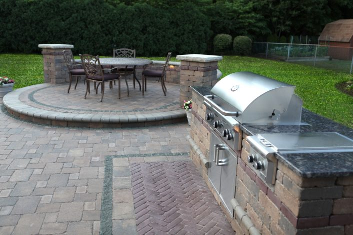 Baron Landscaping Outdoor Kitchen Contractor Cleveland Within Unilock Outdoor Kitchens Decorate Unilock Outdoor Kitchens