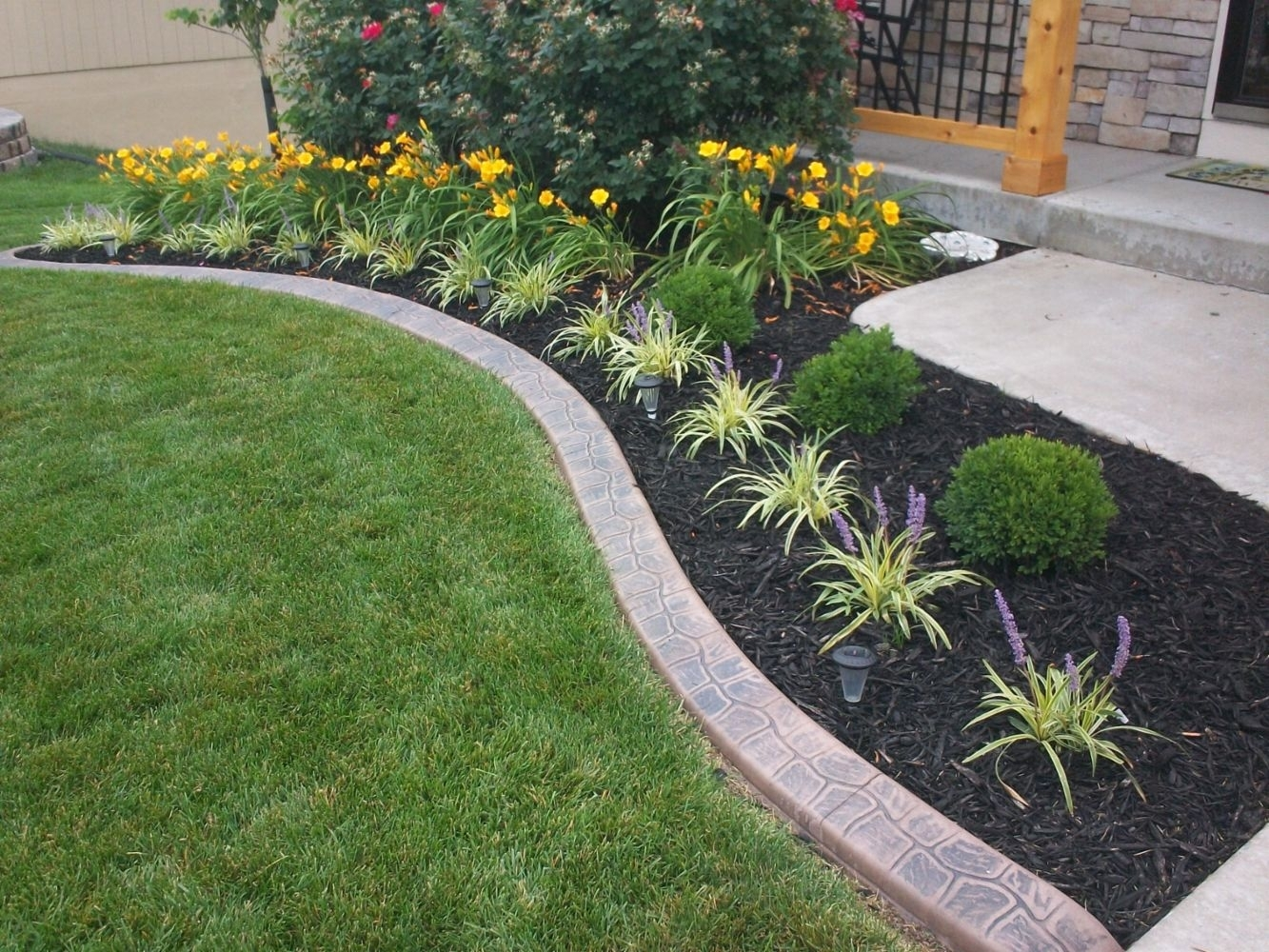 Image of: Beautify Your Backyard With Landscape Edging Ideas Style Home With Regard To Decorative Landscape Curbing Ideas Decorative Landscape Curbing Ideas