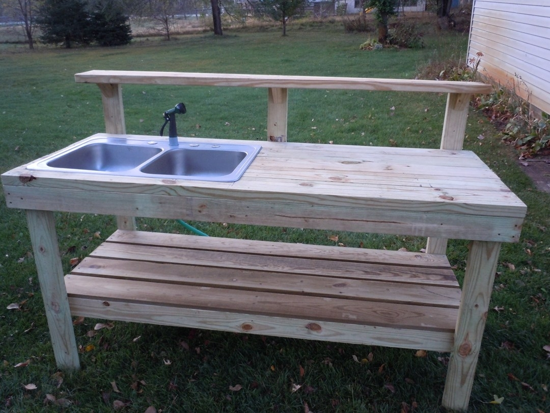Image of: Best 20 Outdoor Sinks Ideas On Pinterest Outdoor Kitchens For In Outdoor Kitchen Work Table Outdoor Kitchen Work Table Ideas
