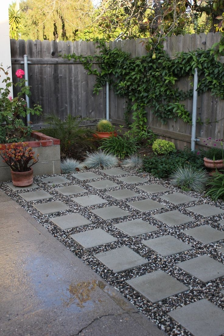 Image of: Best 25 Garden Pavers Ideas On Pinterest Flagstone Pavers For Landscaping Pavers Easy Steps To Install Landscaping Pavers
