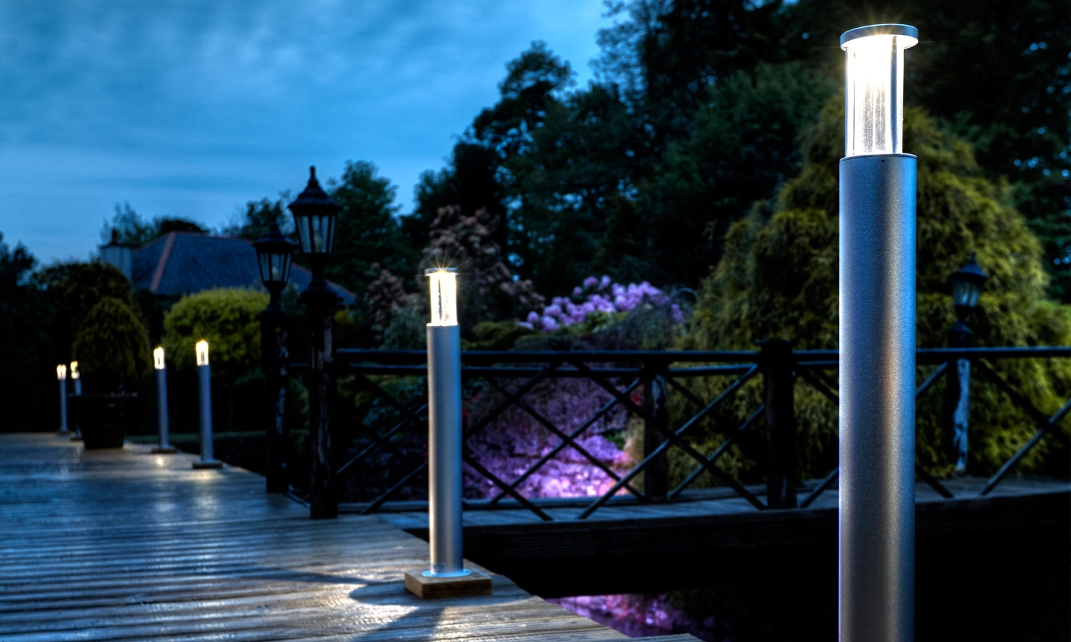 Image of: Leds Outdoor Bollard Lighting Style