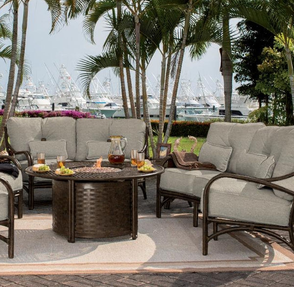 Image of: Castelle Resort Fire Pit 49 Round Coffee Table Outdoor Inside Resort Outdoor Furniture Beautiful Resort Outdoor Furniture
