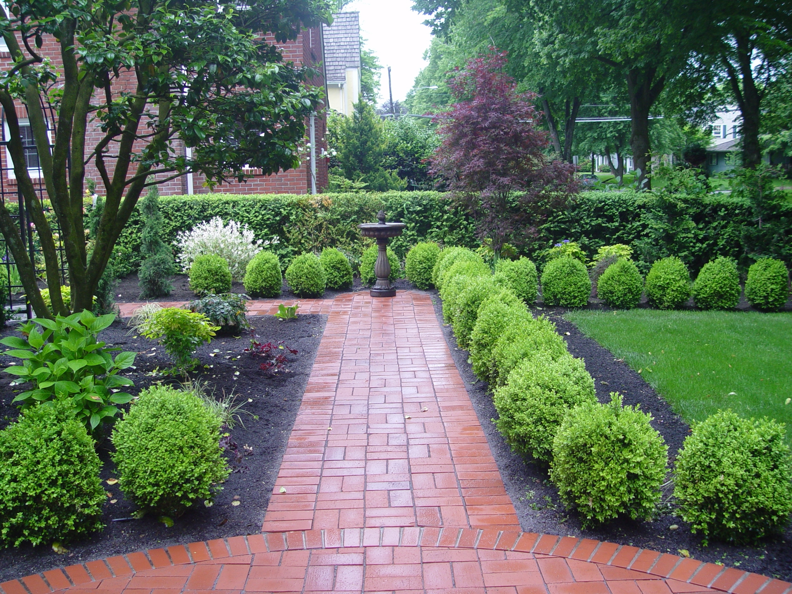 Image of: Cr Tractor Landscaping Inc Home In Creative Landscapes Wonderful Ideas Creative Landscapes