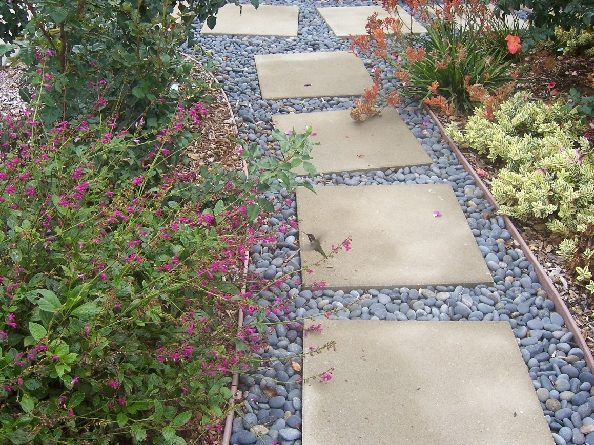 Image of: Create Stepping Stone Paths Throughout Beauty Landscape Stepping Stones