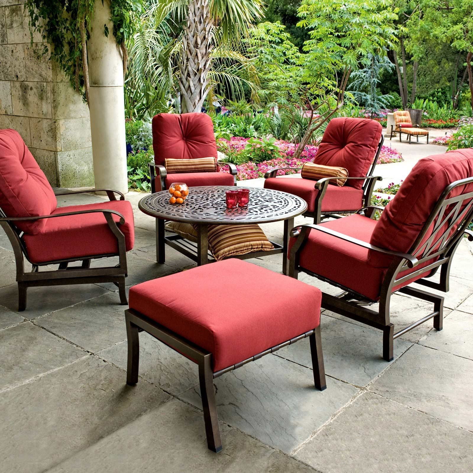 Image of: Dining Room Remarkable Garden Exterior Decor With Comfortable Throughout Red Outdoor Seat Cushions Red Outdoor Seat Cushions Set For Patio