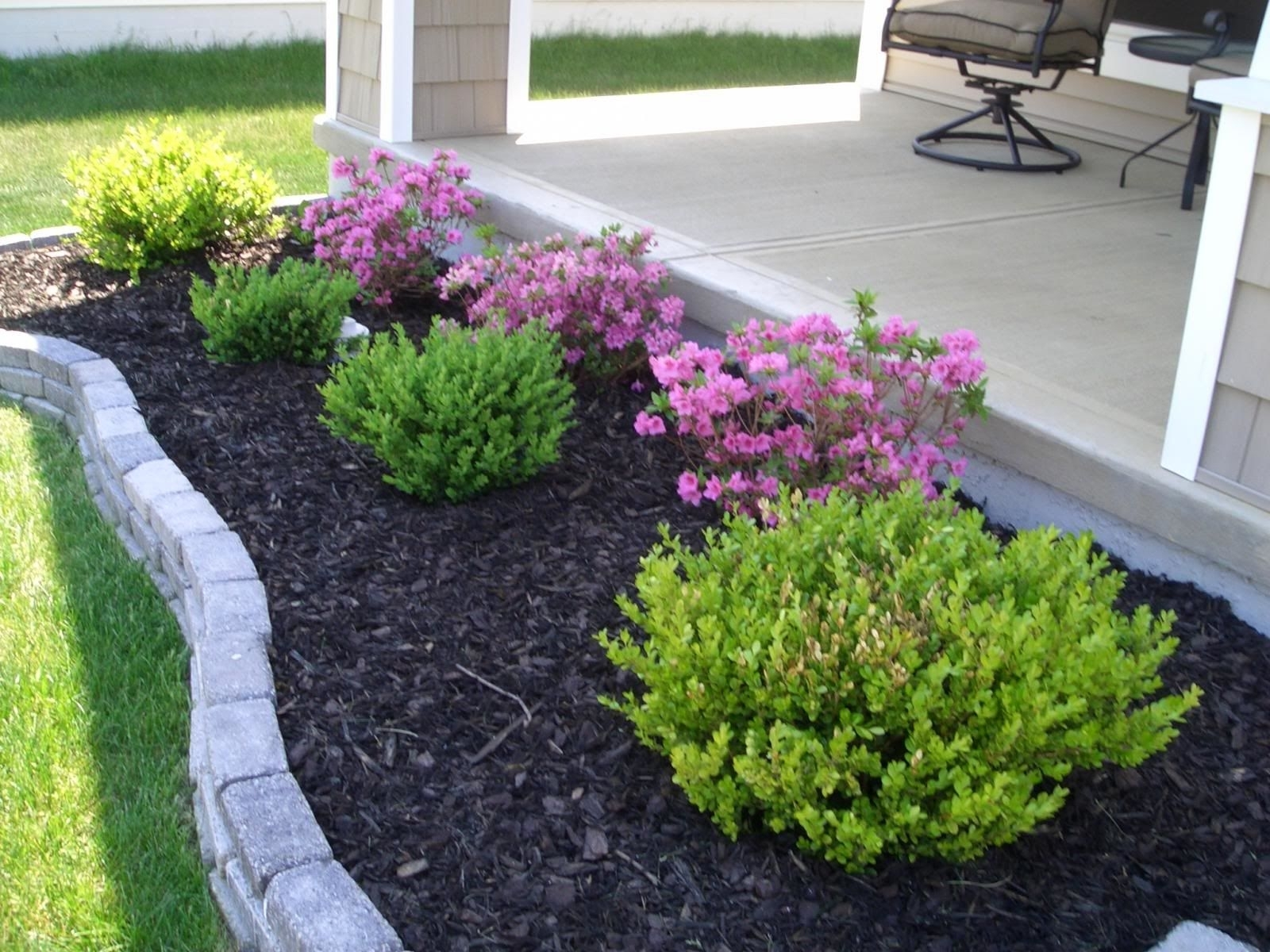 Image of: Easy Landscaping Ideas For Beginners Mybktouch With Easy Landscaping Ideas Easy Landscaping Ideas Patio