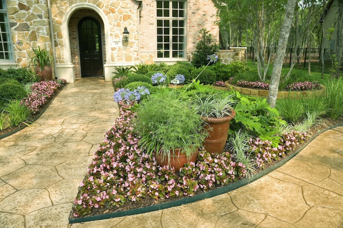 Image of: Easy Landscaping Ideas For Summer Movearoo Moving Blog For Easy Landscaping Ideas Easy Landscaping Ideas Patio